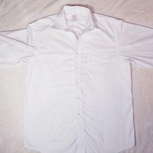 Brooks brothers men's white dress shirt.Size 16/34
